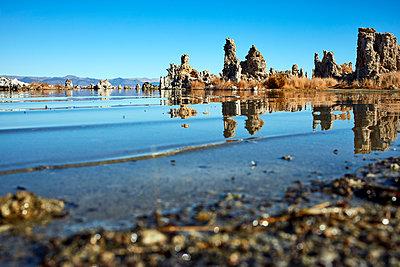 Mono Lake - p719m1511404 by Rudi Sebastian