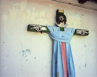 Kruzifix - p945m1214531 von aurelia frey