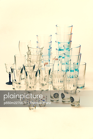 Different glasses - p550m2270071 by Thomas Franz
