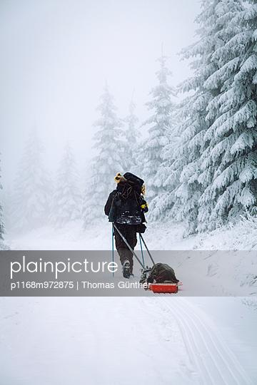 Winterwandern - p1168m972875 von Thomas Günther