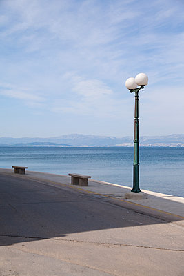 Steet Lamp on seaside - p317m1119535 by Nina Steul