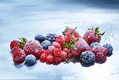 Obst Tiefkühlkost - p851m1214815 von Lohfink