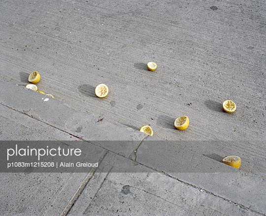 p1083m1215208 by Alain Greloud