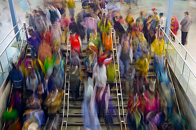 Colorful Urban Crowd in Motion - p1072m941407 by chinch gryniewicz