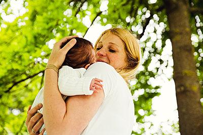 Baby - p904m1159693 von Stefanie Päffgen