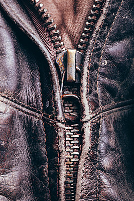Full frame detail shot of leather jacket - p301m1180770 by Vasily Pindyurin