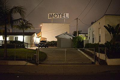 Motel - p911m945464 by Gaëtan Rossier
