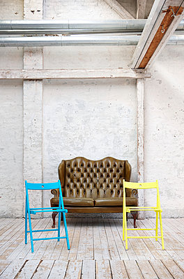 Two chairs - p1198m1034295 by Guenther Schwering
