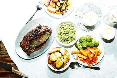 Dinner is served - p584m960324 by ballyscanlon