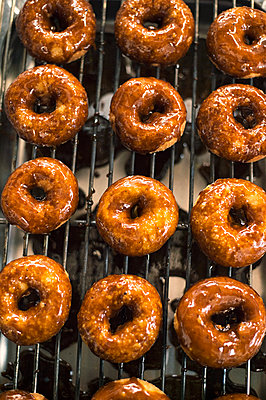 Donuts - p947m2116564 by Cristopher Civitillo