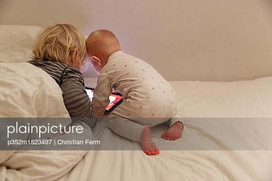 p352m1523497 von Christian Ferm