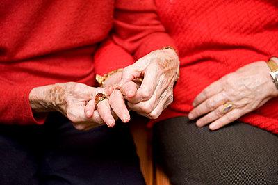 Elderly care - p6430168 by senior images