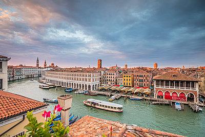 Mercati di Rialto (Rialto market) & Grand Canal, Venice, Italy - p651m2007303 by Jon Arnold