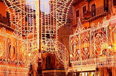 Palermo, Piazza St. Anna - p237m1083601 von Thordis Rüggeberg