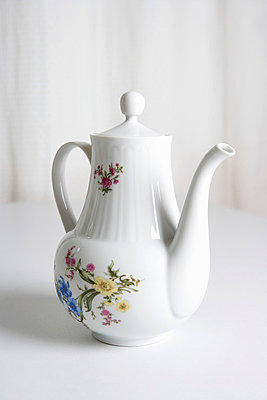 A teapot with floral pattern - p3016817f by Serge