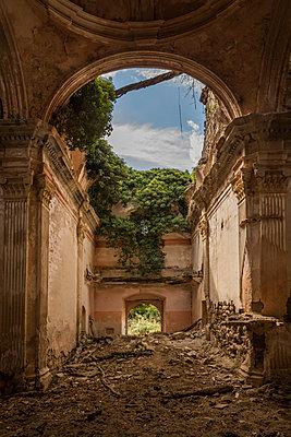 Ruined chapel - p1021m2295336 by John-Patrick Morarescu