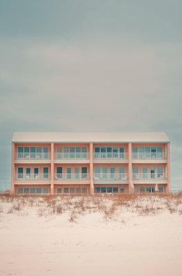 USA, Florida, Navarre, Apartment building on the beach - p1617m2278908 by Barb McKinney