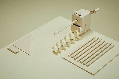 Bureau Monochrome - p1378m1541082 von Volker Lammers