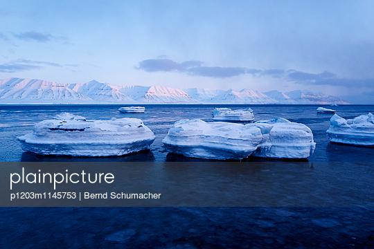 Spitzbergen - p1203m1145753 von Bernd Schumacher