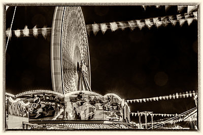 At the fair - p401m2044388 by Frank Baquet