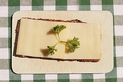 Käsebrot - p1650355 von Andrea Schoenrock