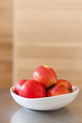 Äpfel - p756m787471 von Bénédicte Lassalle