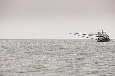 Fischerboot - p7980194 von Florian Loebermann