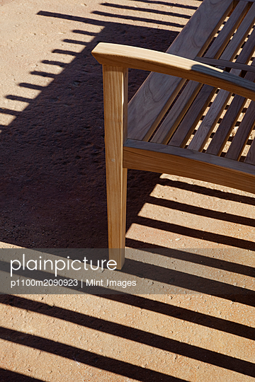 Bench and Shadows - p1100m2090923 by Mint Images