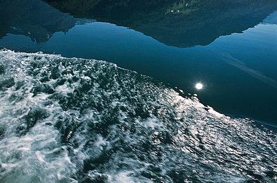 Nordfjord - p1003m760455 by Terje Rakke