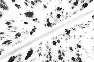Country road at winter - p312m1472699 by Mikael Svensson