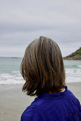 South Africa, Woman on the beach - p1640m2245798 by Holly & John