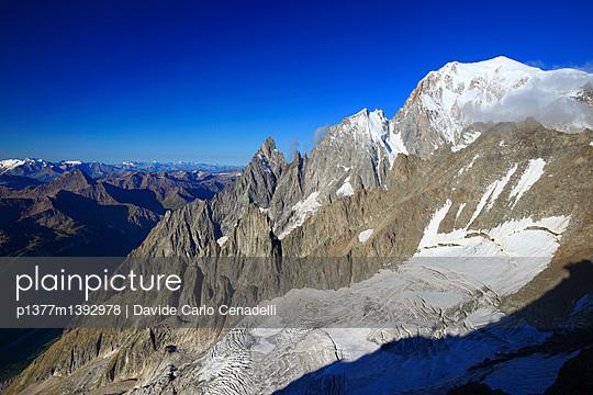 p1377m1392978 von Davide Carlo Cenadelli