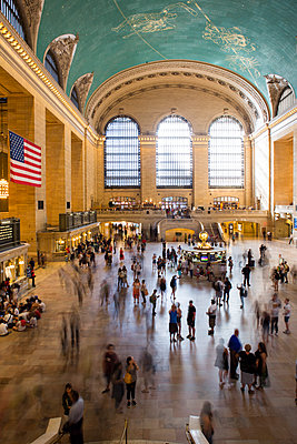 Main hall at Grand Central Station - p1057m1466833 by Stephen Shepherd