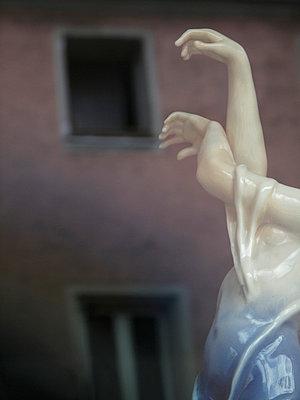 Tanzende Figur - p6460110 von gio