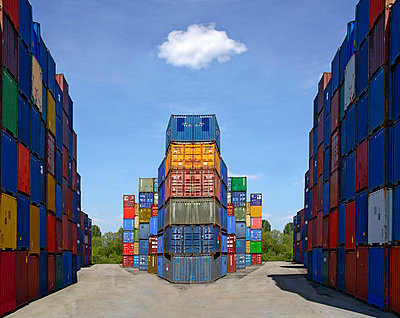Container at a harbour - p7920033 by Nico Vincent