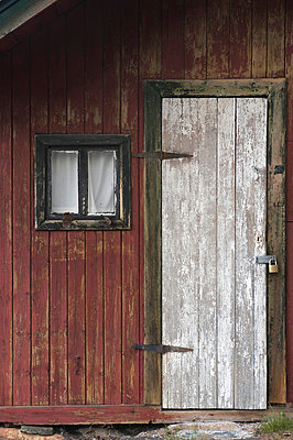 Used - p1003m738014 by Terje Rakke