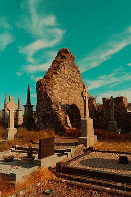 Ireland, Old graveyard - p1681m2283671 by Juan Alfonso Solis