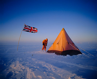 Minus 35 degrees and blowing, Antarctica - p871m1074049f by Geoff Renner
