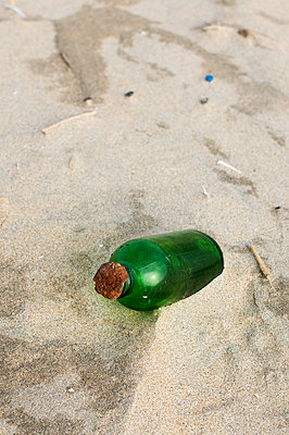 Message in a bottle - p896m836062 by Patrick Post