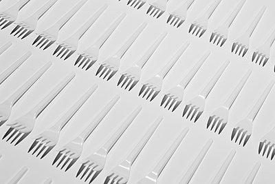 Plastikgabeln - p1276m1590537 von LIQUID