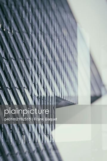 Moderne Architektur - p401m2192518 von Frank Baquet