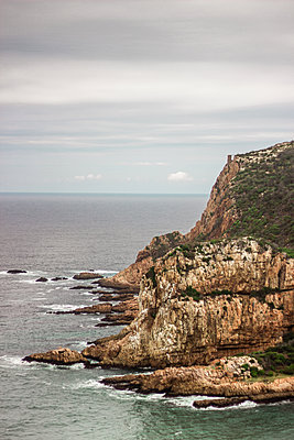 View of surf on the steep coast, South Africa - p1640m2246195 by Holly & John