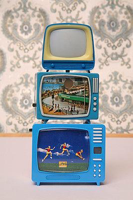 Miniature tv - p1650874 by Andrea Schoenrock