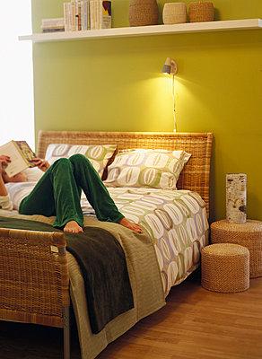 Moderners Schlafzimmer - p3127359 von Charlie Drevstam