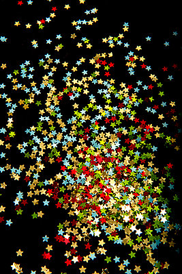 p451m2027147 by Anja Weber-Decker
