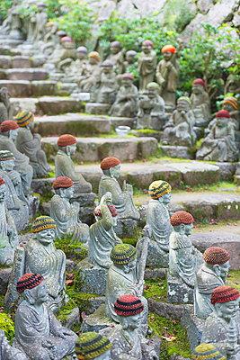 Statues in Daisho-in Buddhist temple, Miyajima Island, Hiroshima Prefecture, Honshu, Japan, Asia - p871m962063 by Christian Kober