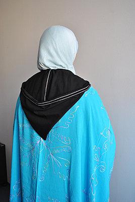Rear view, Berber woman - p1648m2228468 by KOLETZKI