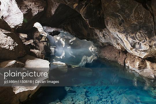 p1166m1150616 von Cavan Images