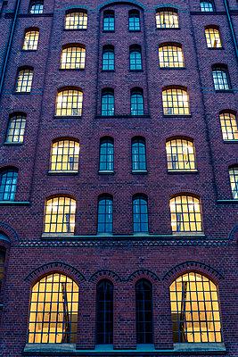 Speicherstadt warehouse - p1170m1208246 by Bjanka Kadic