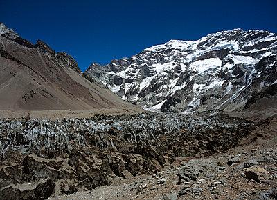 Chile, Aconcagua - p2680653 von Christof Mattes